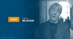 Linda McAvan, rapporteur à la commission ENVI, a proposé il y a quelques jours un projet d'amendement à la Directive européenne sur les produits du tabac en ce qui concerne les cigarettes électroniques.