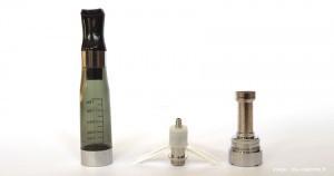 Le clearomizer CE4 (ou Stardust) peut se démonter pour nettoyer ou changer les pièces.