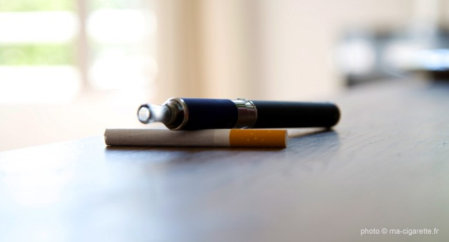 danger cigarette lectronique. Black Bedroom Furniture Sets. Home Design Ideas