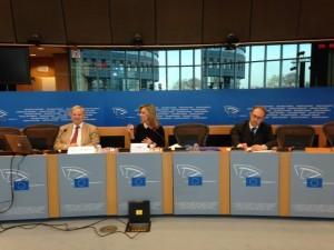Frédérique Ries et Bertrand Dautzenberg en conférence de presse