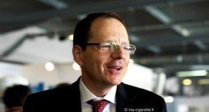 Jean-François ETTER, professeur de Santé publique à l'Université de Genève, est intervenu ce matin sur la plateau des conférences de Vapexpo.