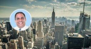 Le conseiller new-yorkais Costa Constantinides souhaite interdire les arômes dans les e-liquides.
