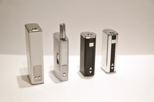 De gauche à droite : Innokin MPV, Joyetech eGrip, Eleaf iStick 20 et 30W.
