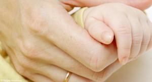 Royaume-Uni : Parce que le conjoint candidat à l'adoption est vapoteur, le dossier du couple pour adopter un enfant a été refusé.