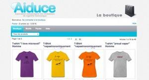 Des vêtements et accessoires sont en vente sur le site http://aiduce.spreadshirt.fr/