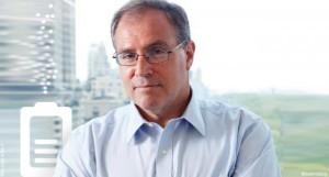 Derek Yach a mené précédemment la Convention-cadre de l'OMS pour la lutte antitabac. Il est aujourd'hui en faveur du vaporisateur.