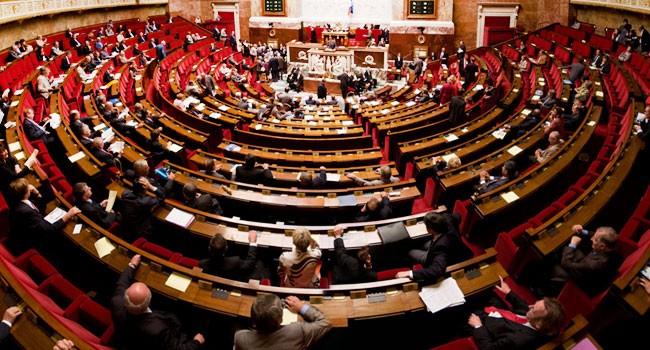 L'Assemblée nationale débat en ce moment du Projet de loi Santé.  Un amendement prévoit d'interdire toute communication sur l'e-cigarette.