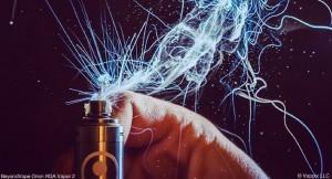 Le dry hit est le résultat d'une mauvaise hydratation de la mèche d'un atomiseur. Ici un atomiseur bien hydraté. (Phil ©Vappix LLC)