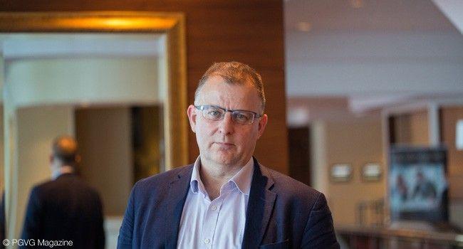 Clives Bates, consultant en santé publique.
