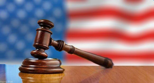 marteau justice drapeau américain