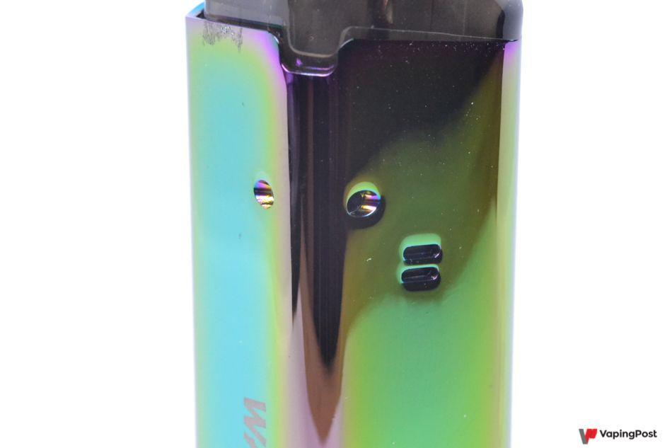 À l'usage, le pod Wanderlust Lite propose un tirage idéal pour vapoter en inhalation indirecte Grâce au mesh de ses résistances, son volume de vapeur est agréable, un peu supérieur à la fumée d'une cigarette.